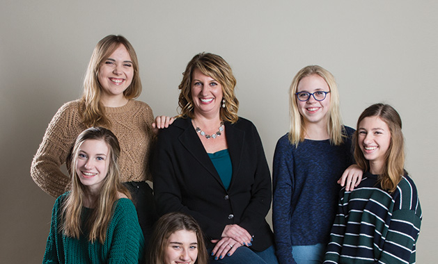 GirlChat Media, moms and daughters